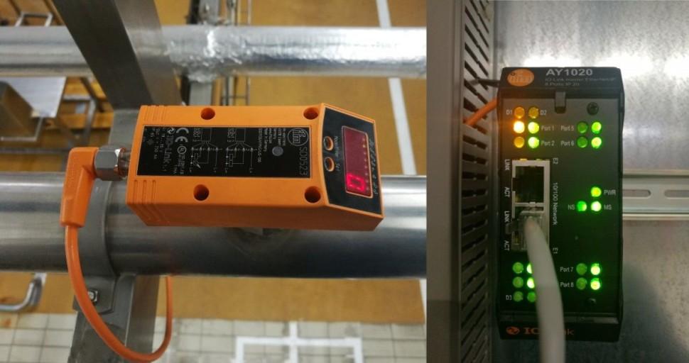 Hlídač spotřeby tlakového vzduchu s IO-Link masterem. A ano, opravdu je tam nulový průtok. Linky jsou odstavené kvůli prožití pohodových vánočních svátků. :-)
