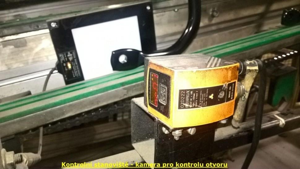 Kontrolní stanoviště - IFM kamera pro kontrolu otvoru
