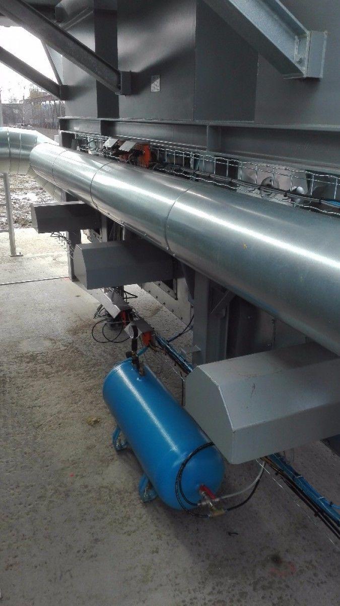 """""""Tu kabel, tu kabel – To s AS-i neplatí! Nikde kabel!"""" Technologie pro čištění odpadního vzduchu z procesů. Instalace je provedena v sběrnici AS-i,.Ovládá akční členy, včetně plynového hořáku a zároveň sbírá veškeré procesní info. Pavel Sklenář"""